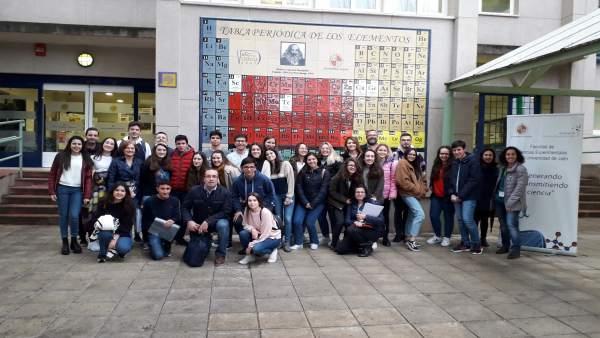 Una treintena de estudiantes participan en la UJA en la fase provincial de la XXXII de la Olimpiada de Química