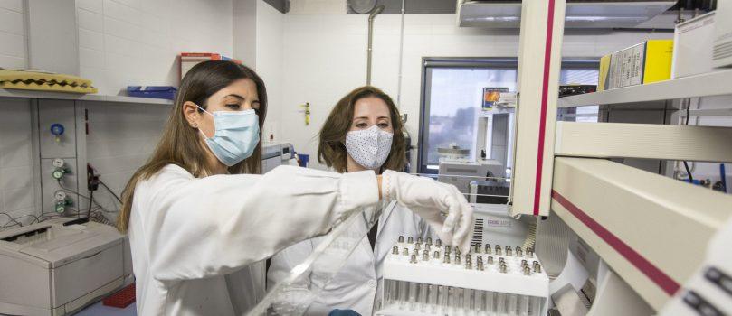 Un grupo de investigación del Instituto Universitario de Plaguicidas y Aguas (IUPA) de la Universitat Jaume I desarrolla una técnica química que detecta fraudes alimentarios